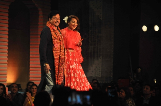 Shatrughan Sinha with her daughter Sonakshi Sinha